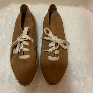 Frye Pointed Toe Flat Sneakers